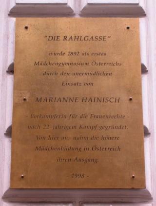 Gedenktafel Marianne Hainisch