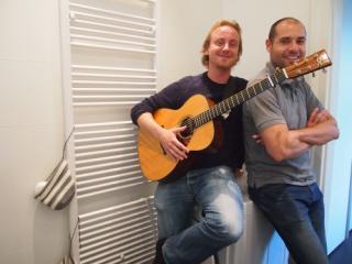 Markus Schlesinger und Wilfried Lepuschitz veranstalten das Fingerstyle-Festival in Wien