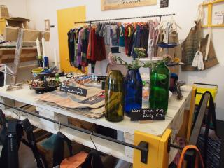 Auferstanden, Upcycling concept store